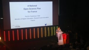 Prof. Dr Frédérique Vidal presenting a National Open Science Plan for France (image credits: @LIBEReurope)